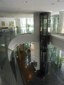 ascensor neumatico UB52 1316